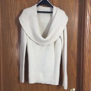 Soft cowl neck old navy sweater